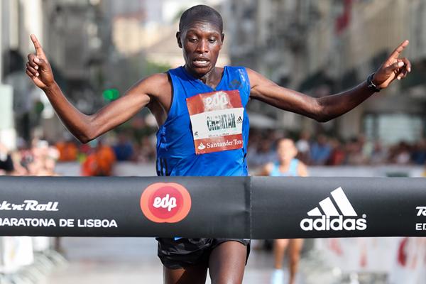 Ishhimael Bushendich Chemtan wins the Rock'n'Roll Lisbon Marathon (Organisers / Kevin Morris)