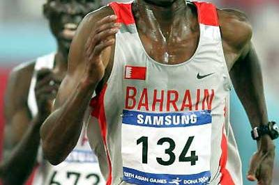 Bahrain's Hasan Mahboob wins the 10,000m at Asian Games (Getty Images)