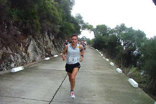 Jonathan Wyatt (NZL) on his way to victory on the Rock of Gibraltar (c)