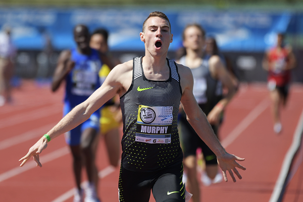 Clayton Murphy wins the 800m at the Mt SAC Relays (Kirby Lee)