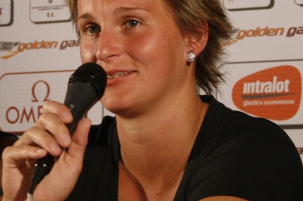 Barbora Spotakova at the pre-meet press conference in Rome (Bob Ramsak)