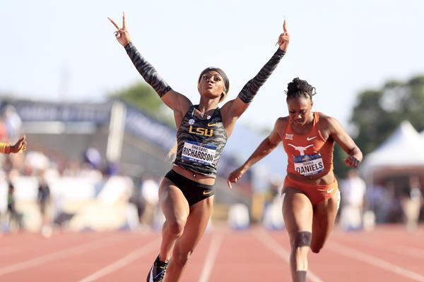 Sha'Carri Richardson wins the 100m at the NCAA Championships (Kirby Lee)