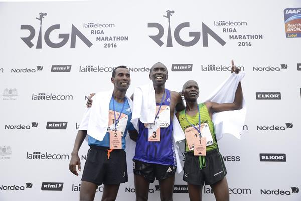 Men's medallists at the 2016 Riga Marathon, winner Dominic Kangor on ther right (Organisers)