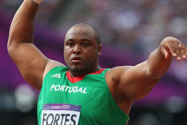 Marco Fortes of Portugal competes in the Men's Shot Put qualification on Day 7 of the London 2012 Olympic Games at Olympic Stadium on August 3, 2012 (Getty Images)