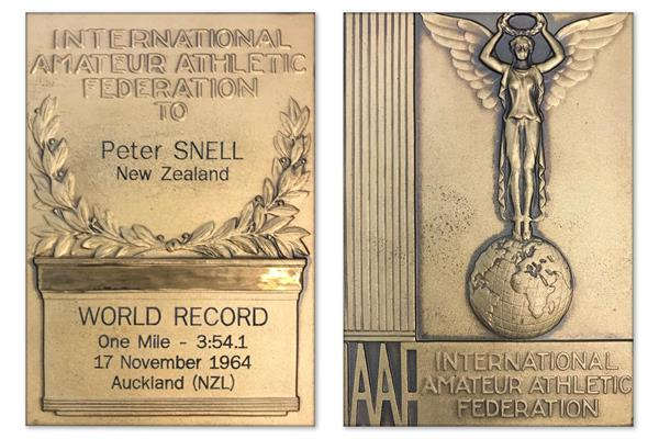 Peter Snell's mile world record plaque ()