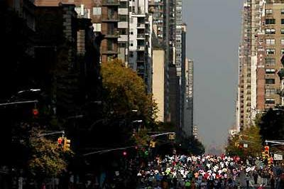 General view of runners in ING New York Marathon (Getty Images)