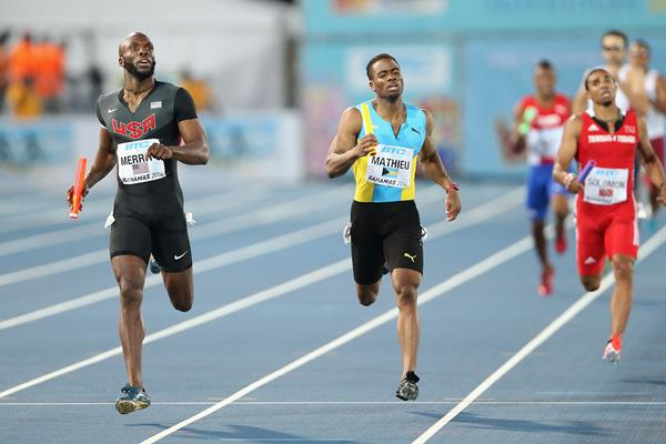USA's LaShawn Merritt and Michael Mathieu of The Bahamas in the men's 4x400m at the 2014 IAAF World Relays (Getty Images)