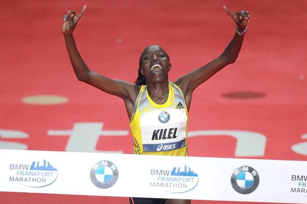 Caroline Kilel regains her Frankfurt Marathon title (Victah Sailer / Photorun)