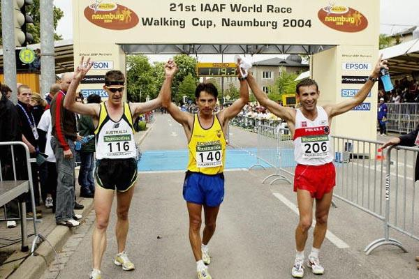 Left to right Nathan Deakes (AUS), Jefferson Perez (ECU) and Robert Korzeniowski (POL) - the medallists of the men's 20km in Naumburg (Getty Images)