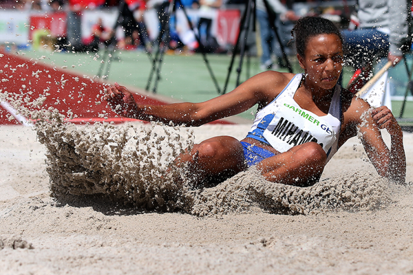 Malaika Mihambo competes in the long jump at the 2016 German Championships ()