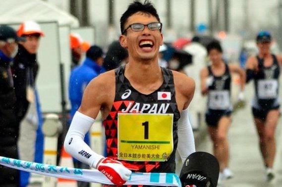 Toshikazu Yamanishi wins the Asian 20km Race Walking title (Organisers)