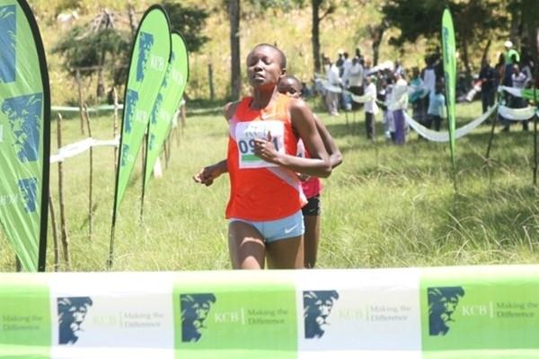 Mercy Cherono on the way to victory in Kericho (Mworia Githinji / Ginadin Communications)