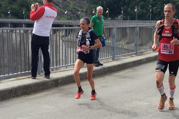Adeline Roche en route to the  world trail running titles in Badia Prataglia (Liesbeth Jansen)