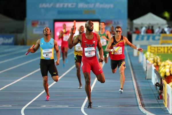 LaShawn Merritt winning the 4x400m relay for the USA at the IAAF/BTC World Relays, Bahamas 2015 (Getty Images)