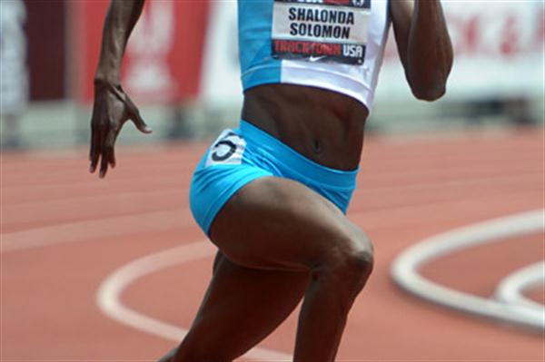Shalonda Solomon in the 200m at the 2011 USA Champs (Kirby Lee)