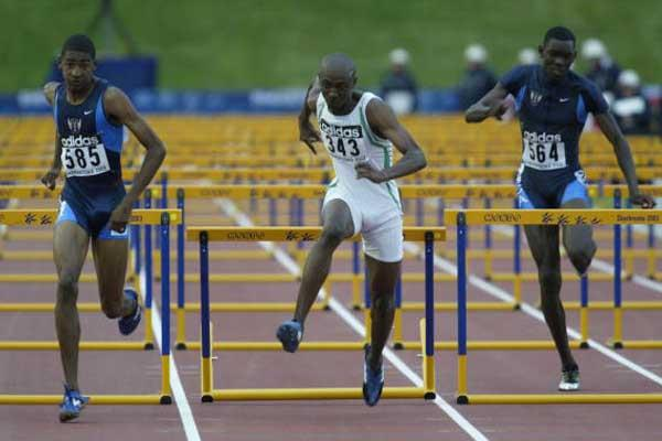 Jason Richardson wins the 110m Hurdles final (Getty Images)