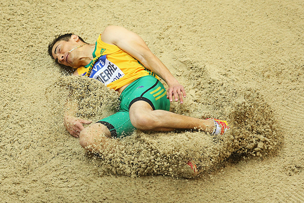 Fabrice Lapierre in the long jump at the IAAF World Indoor Championships (Getty Images)