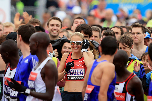 Paula Radcliffe during the start of the 2015 London Marathon ()