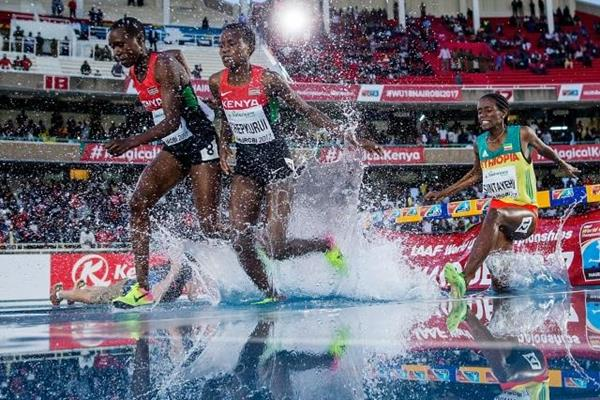 Caren Chebet and Merc Chepkirui in the 2000m steeplechase at the IAAF World U18 Championships Nairobi 2017 (Getty Images)
