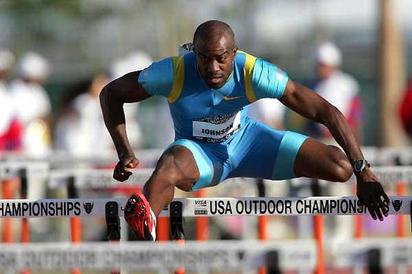 Allen Johnson runs 12.99 to win at the USATF nationals (Getty Images)