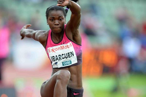 Caterine Ibarguen at the 2013 IAAF Diamond League meeting in Oslo (Jiro Mochizuki)