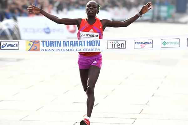 Sharon Cherop winning in Turin (Giancarlo Colombo)