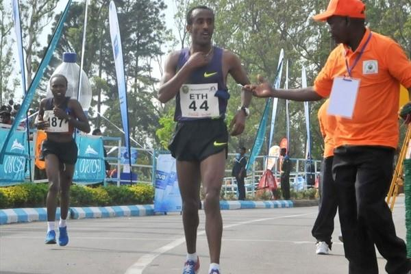 Abebe Dinkesa takes another victory at the Obudu International Mountain Running Race (LOC)