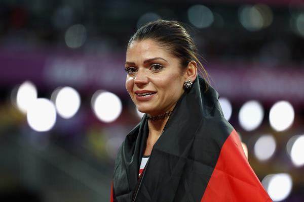 Pamela Dutkiewicz after taking bronze in the 100m hurdles at the IAAF World Championships London 2017 (Getty Images)