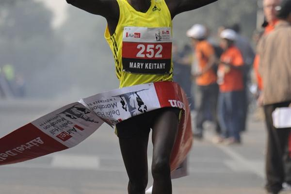 Another sub-1:07 half marathon for Mary Keitany, this time in New Delhi (marathon-photos.com)