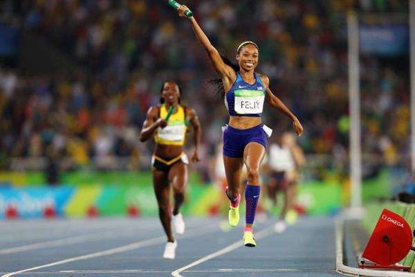 Allyson Felix anchors USA to gold in the women's 4x400m at the Rio 2016 Olympic Games (Getty Images)