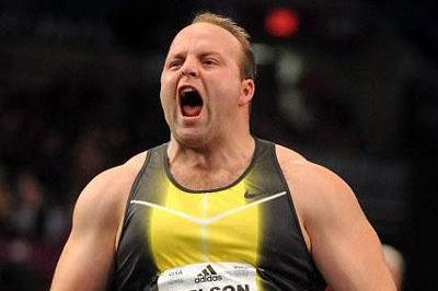 World-leading 22.07m for Adam Nelson at Millrose (Kirby Lee)