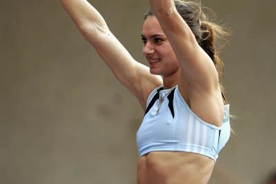 Yelena Isinbayeva celebrates winning the World Athletics Final (Getty Images)