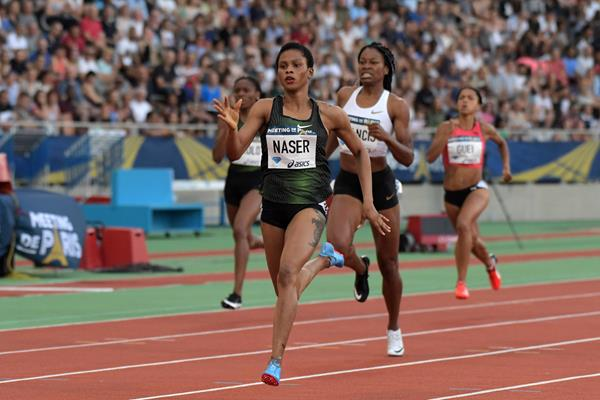 Salwa Naser takes the Paris 400m (Kirby Lee)