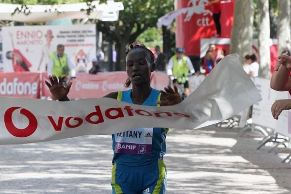 Mary Keitany after her solo victory in Lisbon (Marcelino Almeida)