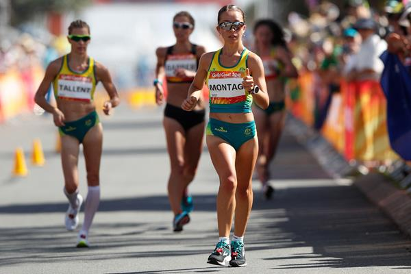 Jemima Montag en route to the Commonwealth 20km race walk title (AFP/Getty Images)