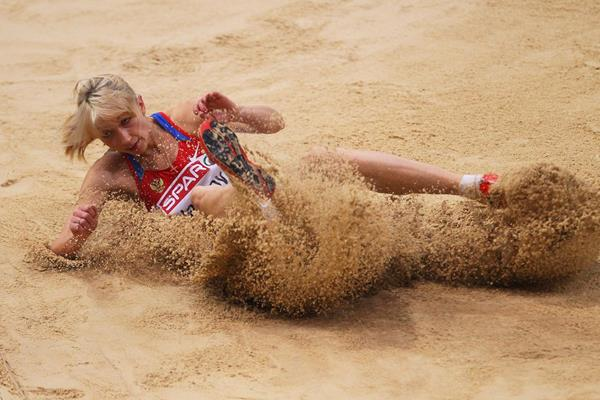 Anna Nazarova-Klyashtornaya in the long jump (Getty Images)