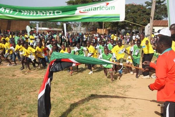 Children from local communities take part in one of the races at the Tegla Loroupe Peace Race (TLPF)