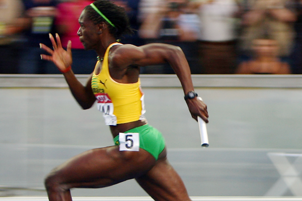 Kerron Stewart of Jamaica in action in the 4x100m (Getty Images)