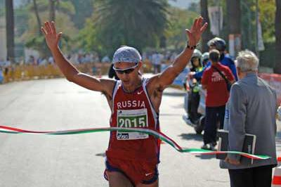 Oleg Kharitonov wins IAU 50 km in Palermo (Sean Wallace Jones)