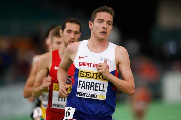 Great Britain's Tom Farrell leading the first of the 3000m heats at IAAF World Indoor Championships Portland 2016 (Getty Images)