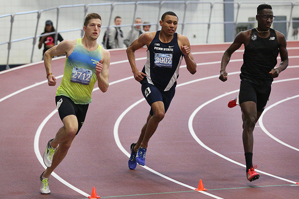 Casimir Loxsom (left) on his way to setting a world indoor best for 600m (Penn State University)