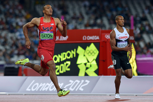 Ashton Eaton and Damian Warner in the decathlon 400m at the London 2012 Olympic Games (AFP / Getty Images)