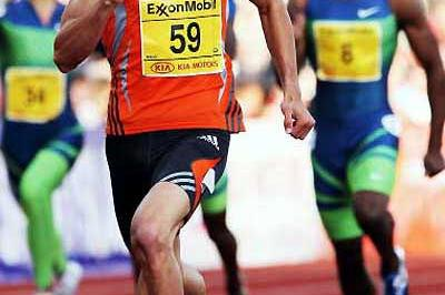 Jeremy Wariner running the 400m in Oslo (Getty Images)