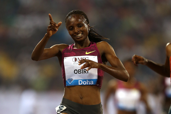 Hellen Obiri in Doha ()