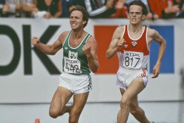 Eamonn Coghlan on the way to winning the 5000m at the 1983 World Championships (Getty Images)