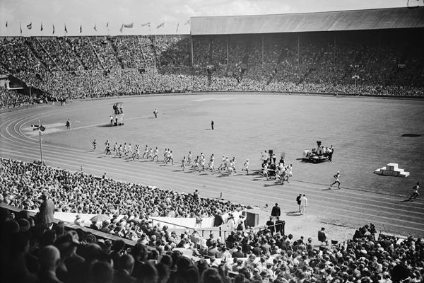 The start of the 1948 Olympic men's marathon at London's Wembley Stadium (Getty Images)