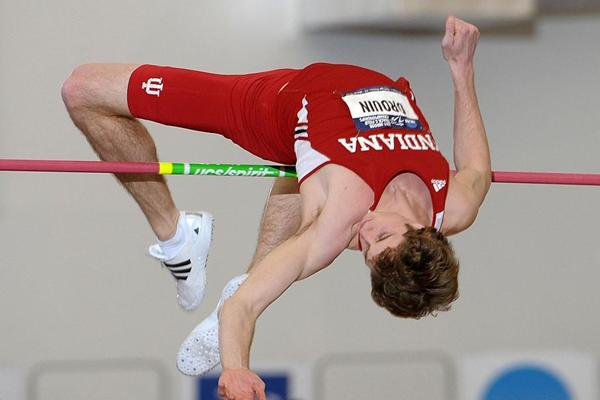 Derek Drouin equals the Canadian indoor High Jump record at 2.33m (Kirby Lee)