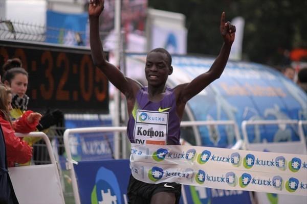 Leonard Patrick Komon bags his third win at the Elgoibar XC (Alfambra Fundación ANOC)