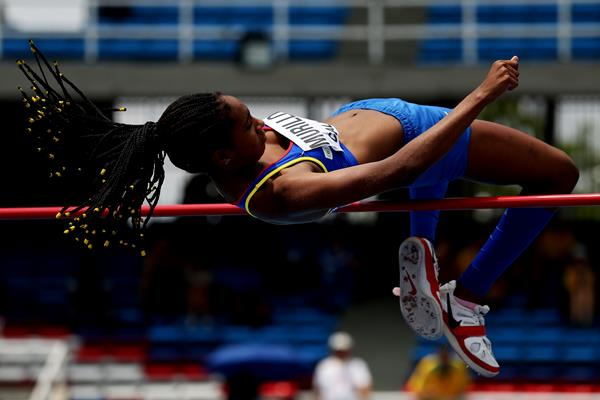 Maria Fernanda Murillo in the high jump at the IAAF World Youth Championships Cali 2015 (Getty Images)