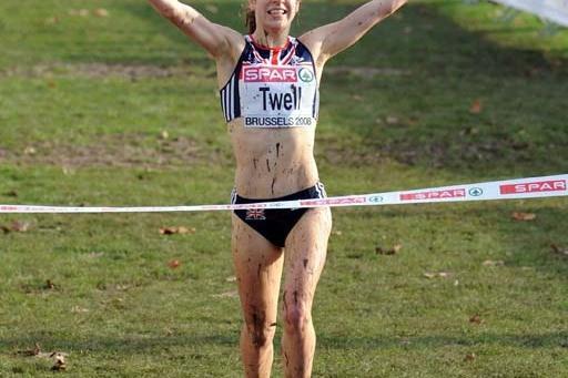 Stephanie Twell (GBR) wins the 2008 European XC junior women's race (Mark Shearman)